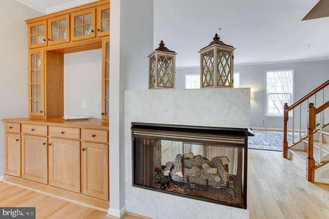 Double Sided Fireplace! - 619 SNOW GOOSE LN, ANNAPOLIS