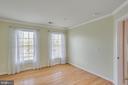 Bedroom #2 with two windows and Hardwoods flr - 43771 APACHE WELLS TER, LEESBURG