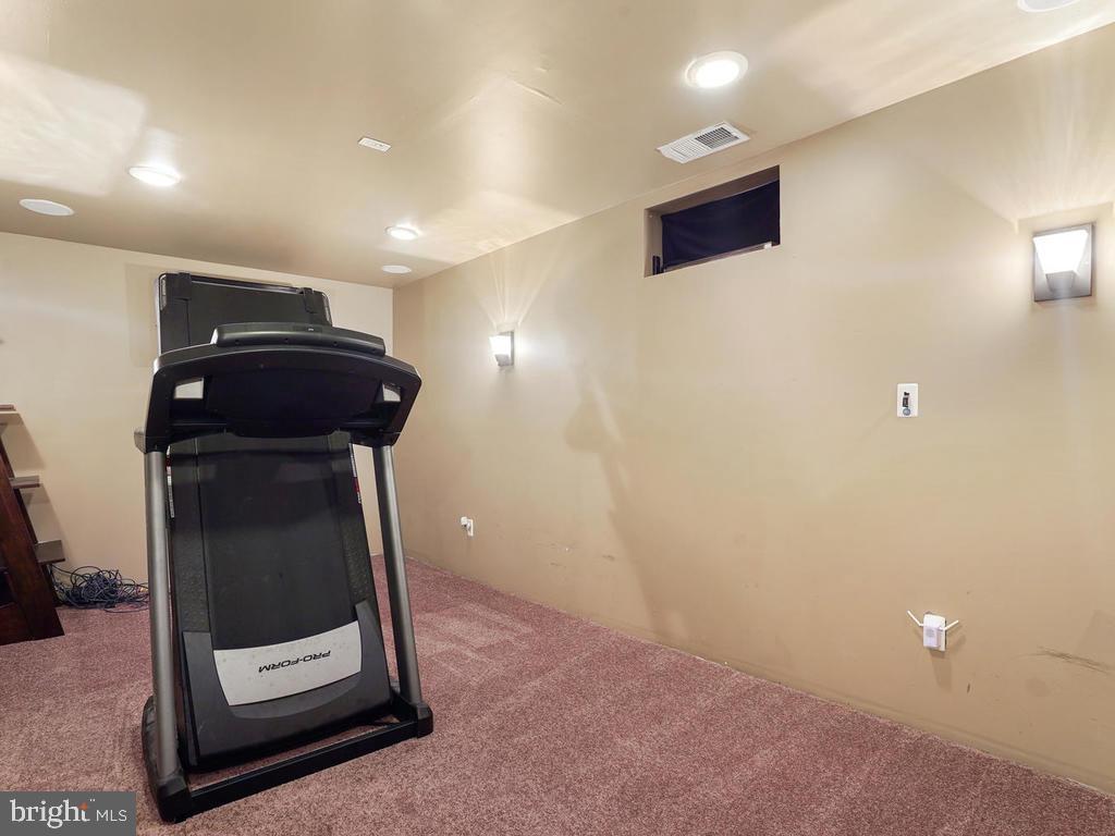 Media or workout room - 2151 BALLAST LN, WOODBRIDGE