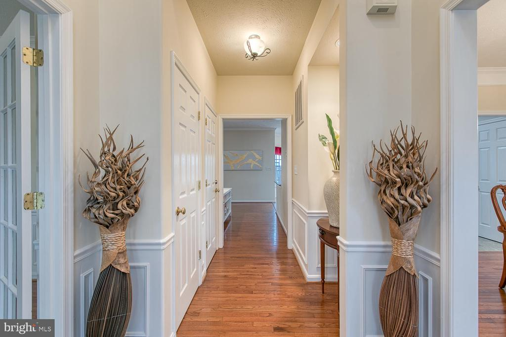 Foyer and Entry Hall - 2829 OCONNOR CT, FREDERICKSBURG
