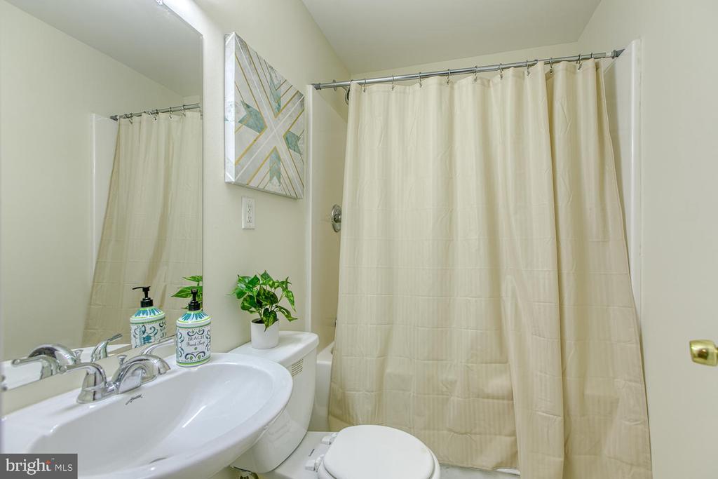 Basement Full Bath - 2829 OCONNOR CT, FREDERICKSBURG