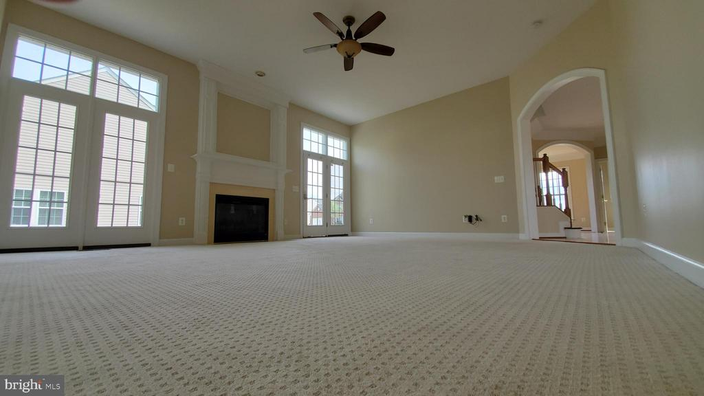 Family room - 18805 PIER TRAIL DR, TRIANGLE