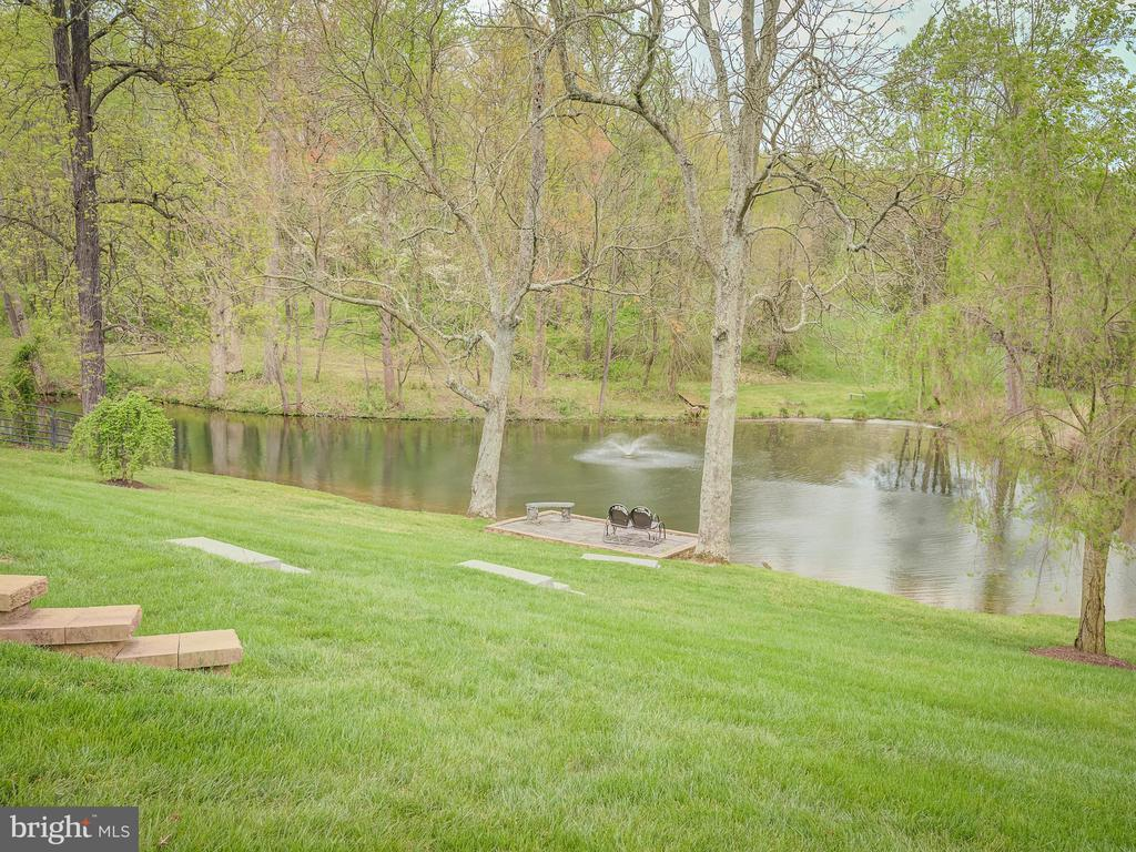 Terraced Backyard To The Fish Filled Pond - 5917 WILD FLOWER CT, ROCKVILLE