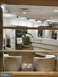 Hair Salon and Nail Care on site - 203 YOAKUM PKWY #317, ALEXANDRIA