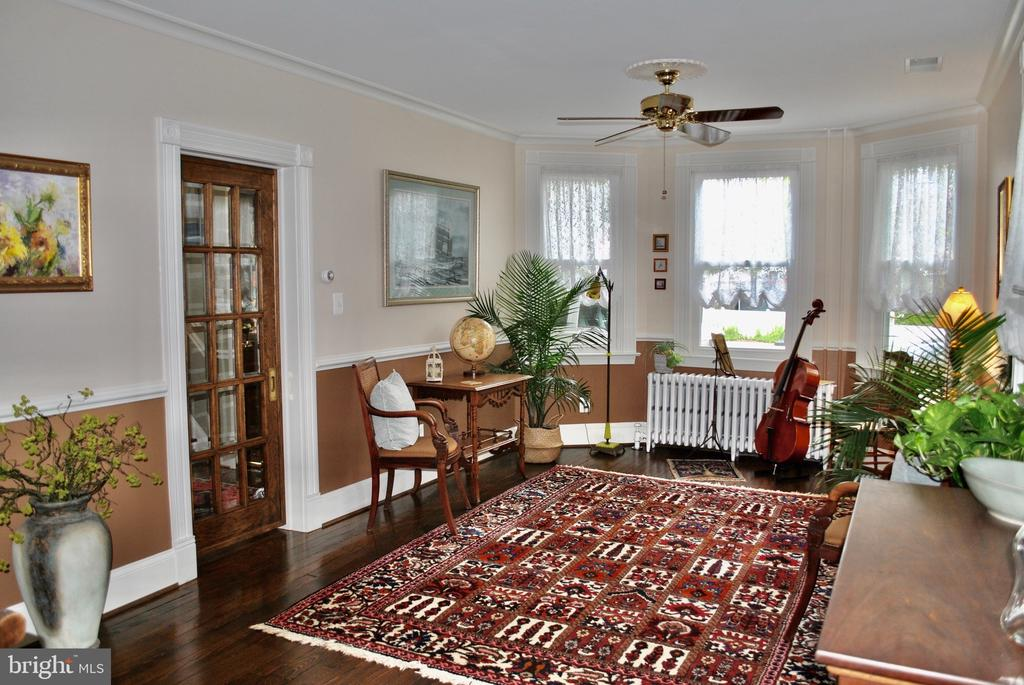 for music reading or additional dining  table. - 434 STATE ST, ANNAPOLIS