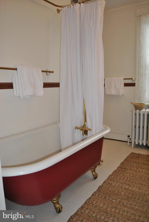 clawfoot tub, restored w/ brass plumbing & fixture - 434 STATE ST, ANNAPOLIS