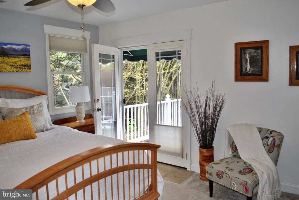 has French doors to large deck that is a perfect - 434 STATE ST, ANNAPOLIS