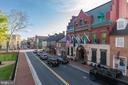 Sought after downtown Leesburg Location! - 407 S KING ST, LEESBURG