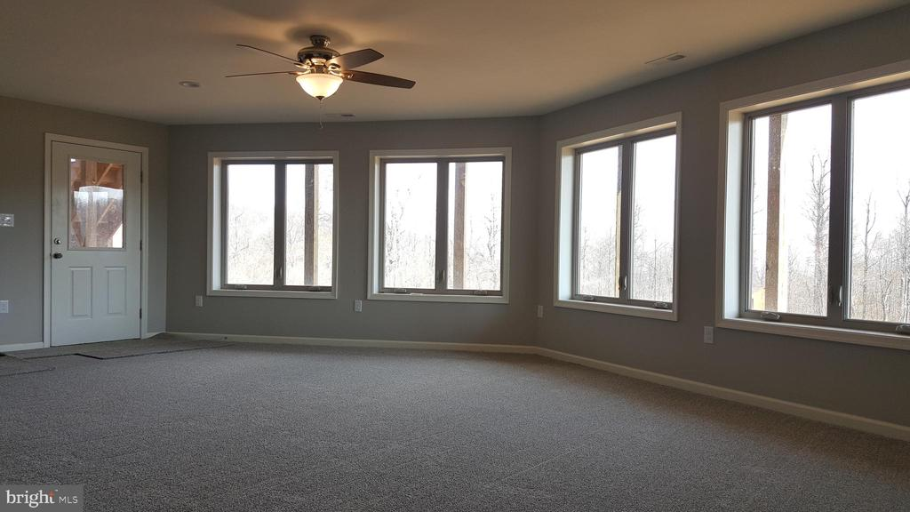 bright open basement - GRUVER GRADE, MIDDLETOWN