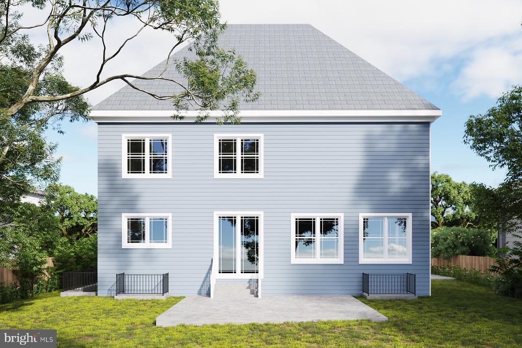 Back of House W/ slated back porch - 7411 NIGH RD, FALLS CHURCH