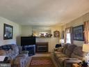 Nice size living room - 544 PYLETOWN RD, BOYCE