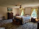 Large Master Bedroom upstairs - 544 PYLETOWN RD, BOYCE