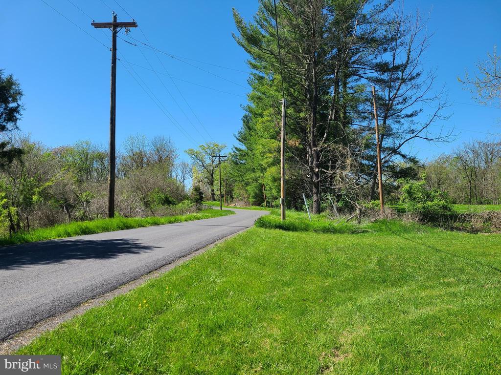 Pyletown Road - 544 PYLETOWN RD, BOYCE