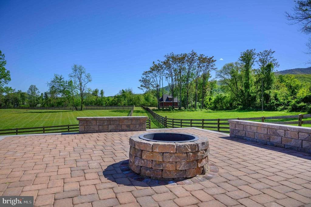 Event area with benches included. - 65 HICKORY LN, HUNTLY