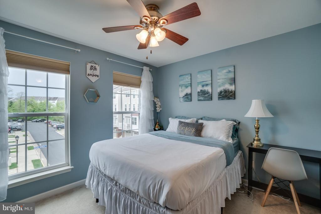 2nd Level bedroom - 45726 WINDING BRANCH TER, STERLING
