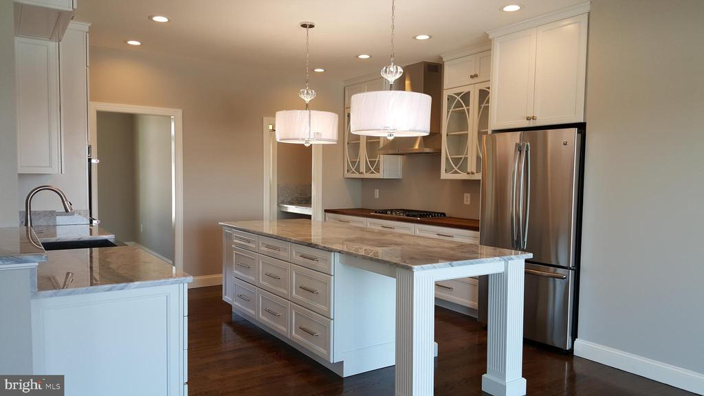 Or would you prefer white cabinets ?? - GRUVER GRADE, MIDDLETOWN