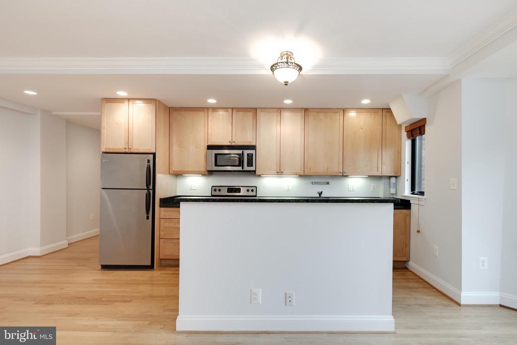 Kitchen - 1701 16TH ST NW #715, WASHINGTON