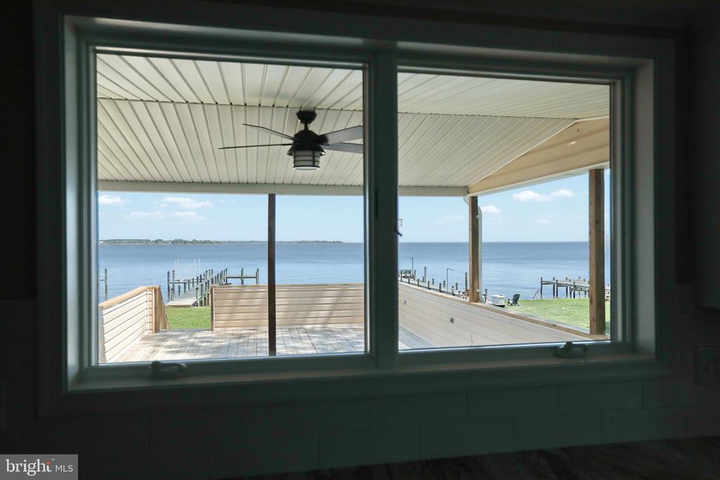 Windows open as pass through to porch - 18850 WICOMICO RIVER DR, COBB ISLAND