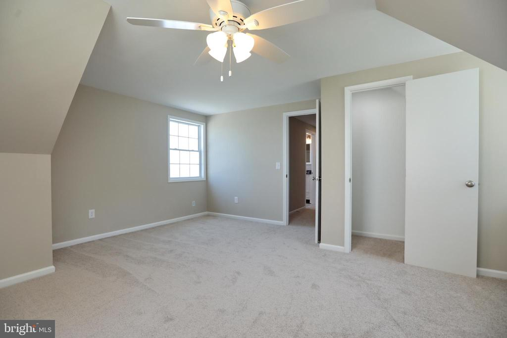 Bedroom #5 with view of Water - 18850 WICOMICO RIVER DR, COBB ISLAND