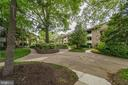 Mature trees throughout property - 545 FLORIDA AVE #T1, HERNDON