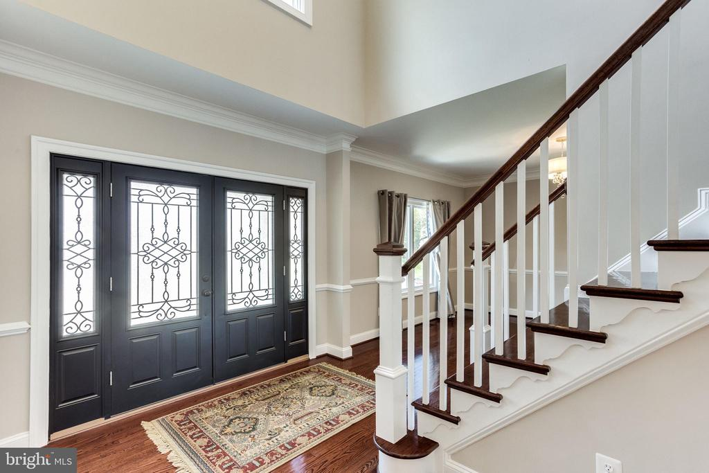 Bright and Inviting Interior Entrance - 10811 CRIPPEN VALE CT, RESTON