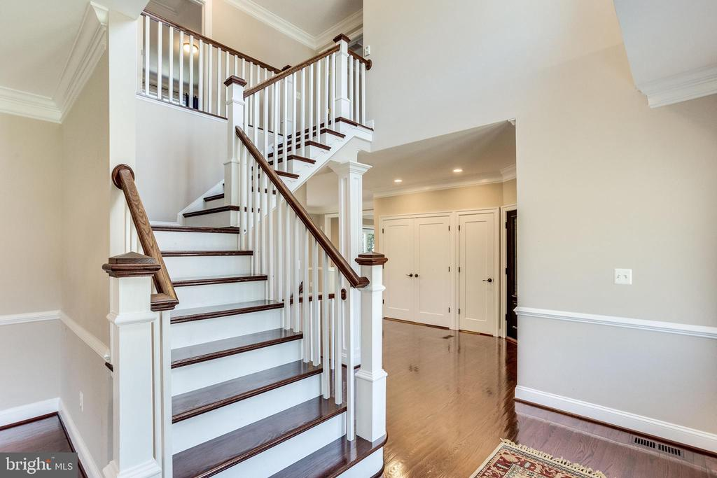 New Updated Stair Rails and Banisters - 10811 CRIPPEN VALE CT, RESTON