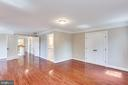 Huge Light Filled Master Bedroom - 10811 CRIPPEN VALE CT, RESTON