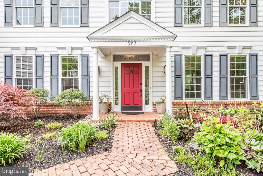 WELCOME HOME! - 5117 NORTHERN FENCES LN, COLUMBIA