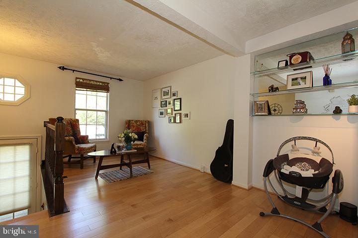 Main level open floor plan - 1594 WOODCREST DR, RESTON
