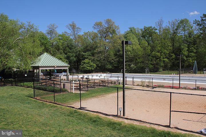 Community outdoor pool - 1594 WOODCREST DR, RESTON