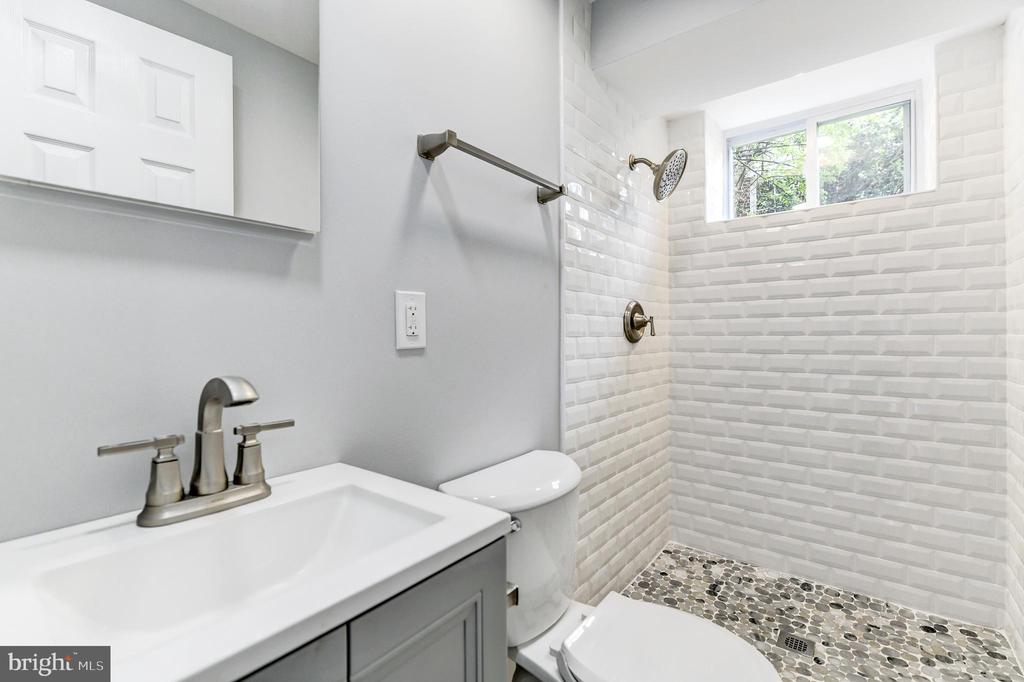 Basement Full Bathroom - 5135 34TH ST NW, WASHINGTON