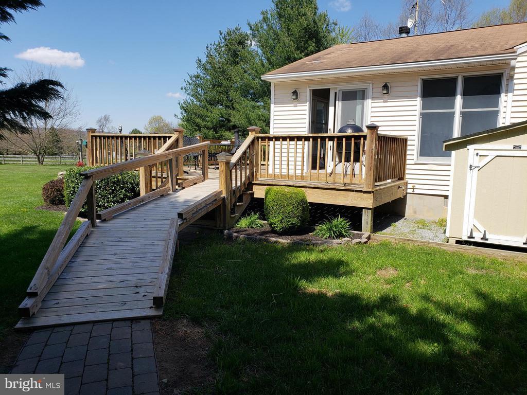 Convenient Ramp  to Deck- - 11629 DUTCHMANS CREEK RD, LOVETTSVILLE