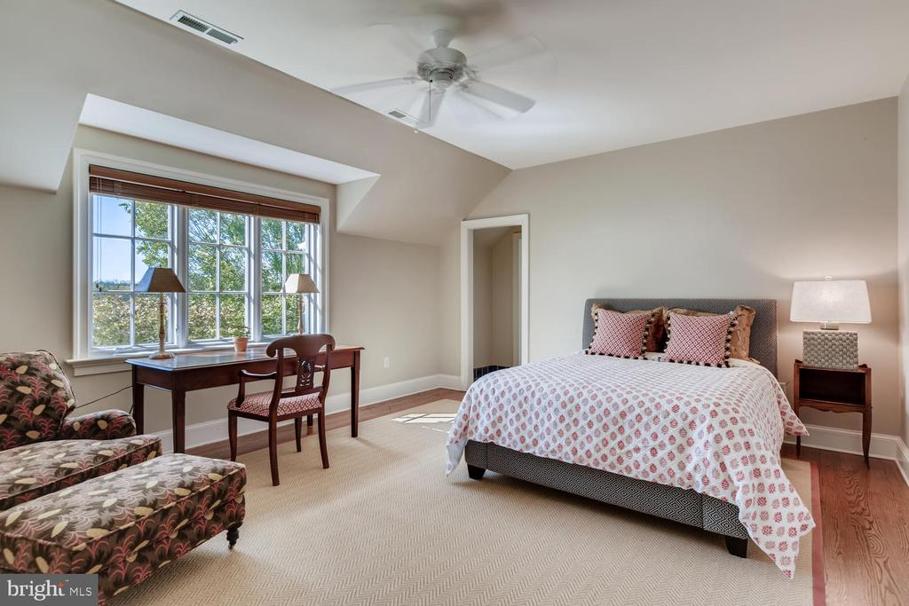 Bedroom Four with walk-in closet - 2200 GADD RD, COCKEYSVILLE