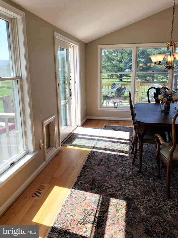 Dining Rm- Slider to Deck  note: