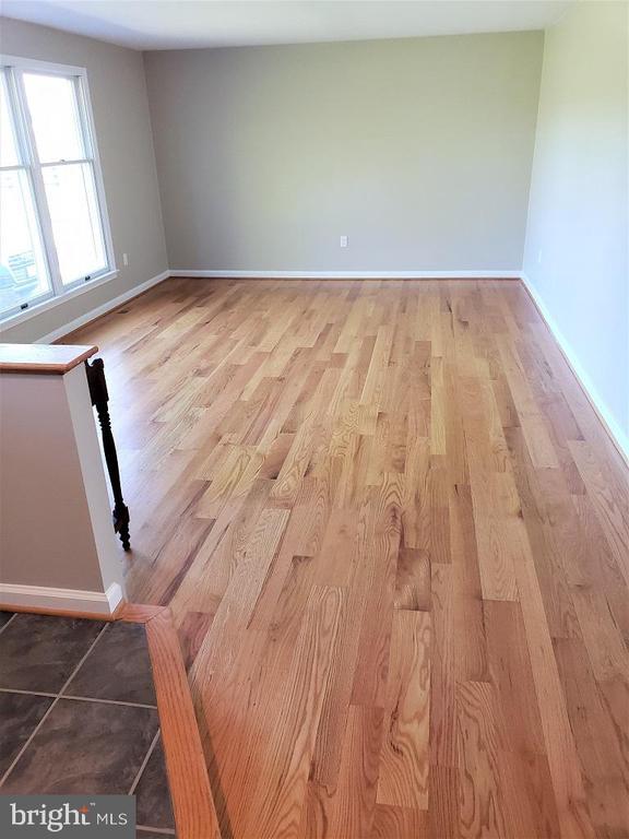 Living Room view 2   Mixed width hardwood flooring - 11629 DUTCHMANS CREEK RD, LOVETTSVILLE