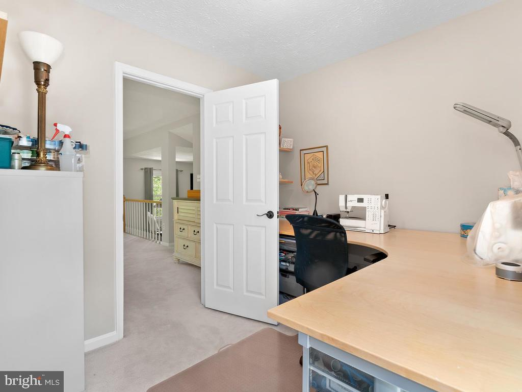 Sewing/craft room off master bedroom - 1281 AUBURN GROVE LN, RESTON