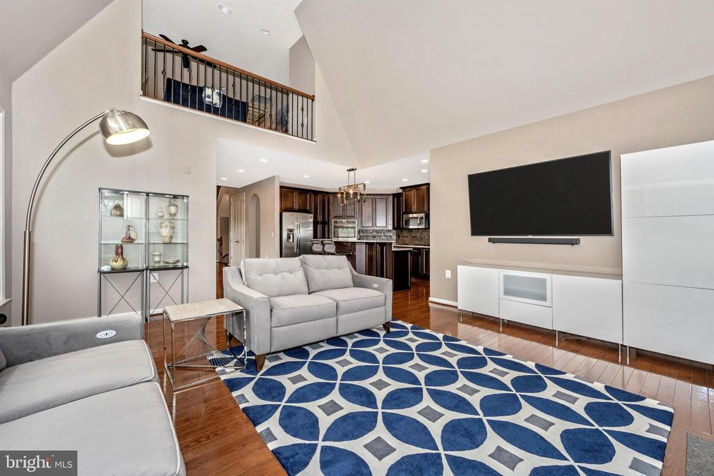 Amazing open contemporary layout! - 3026 OLD ANNAPOLIS TRL, FREDERICK