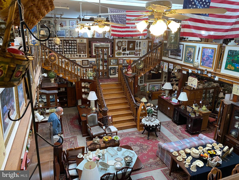 零售 为 销售 在 Hainesport, 新泽西州 08036 美国