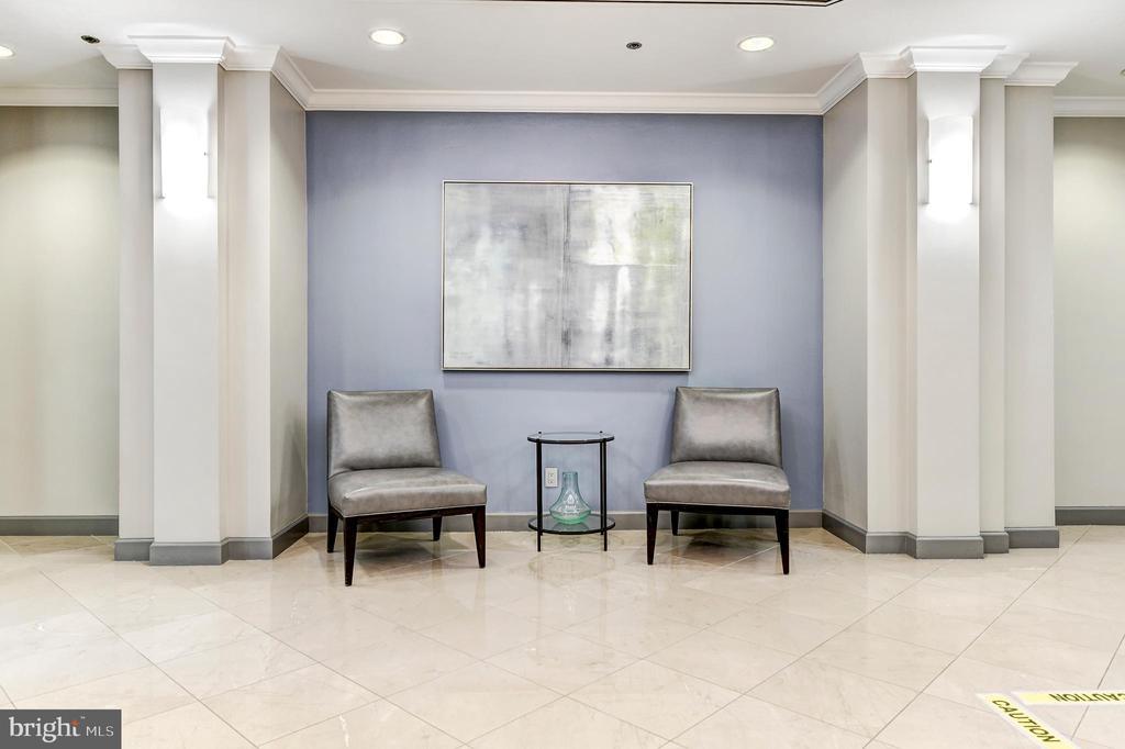 Lobby - 7500 WOODMONT AVE #S902, BETHESDA