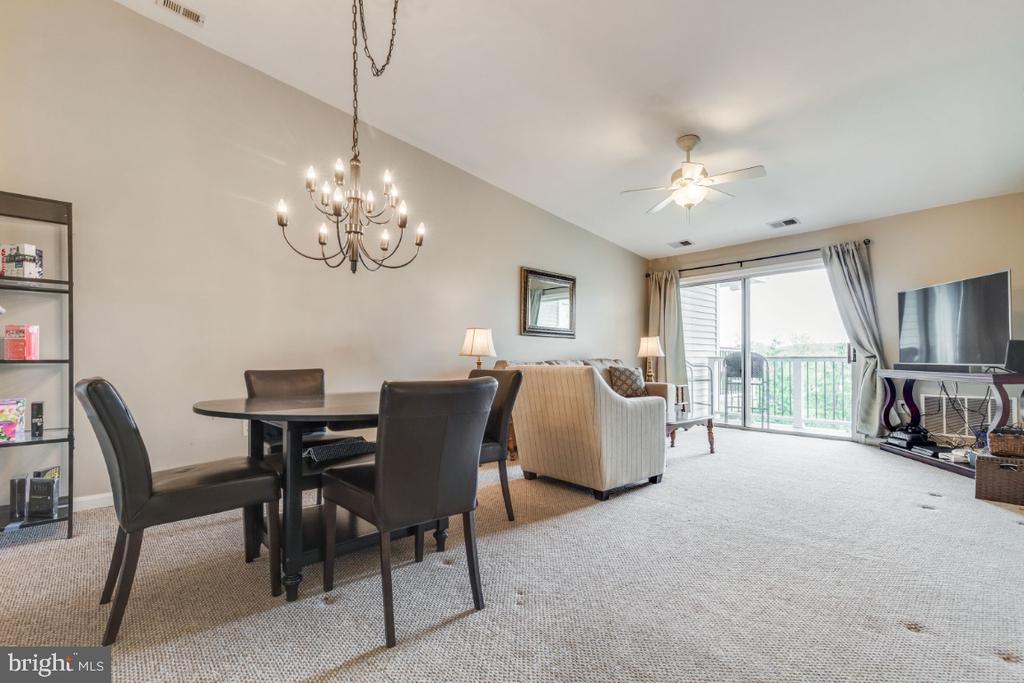 Dining Room off the Kitchen - 20578 SNOWSHOE SQ #301, ASHBURN