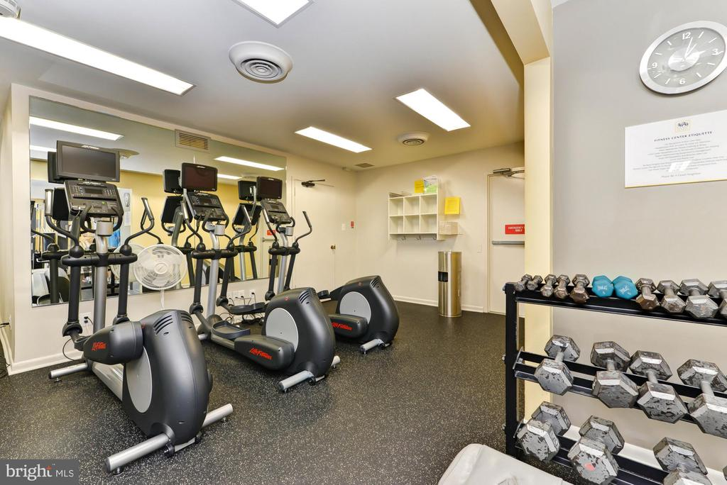 Fitness Center - 4620 N PARK AVE #1411E, CHEVY CHASE