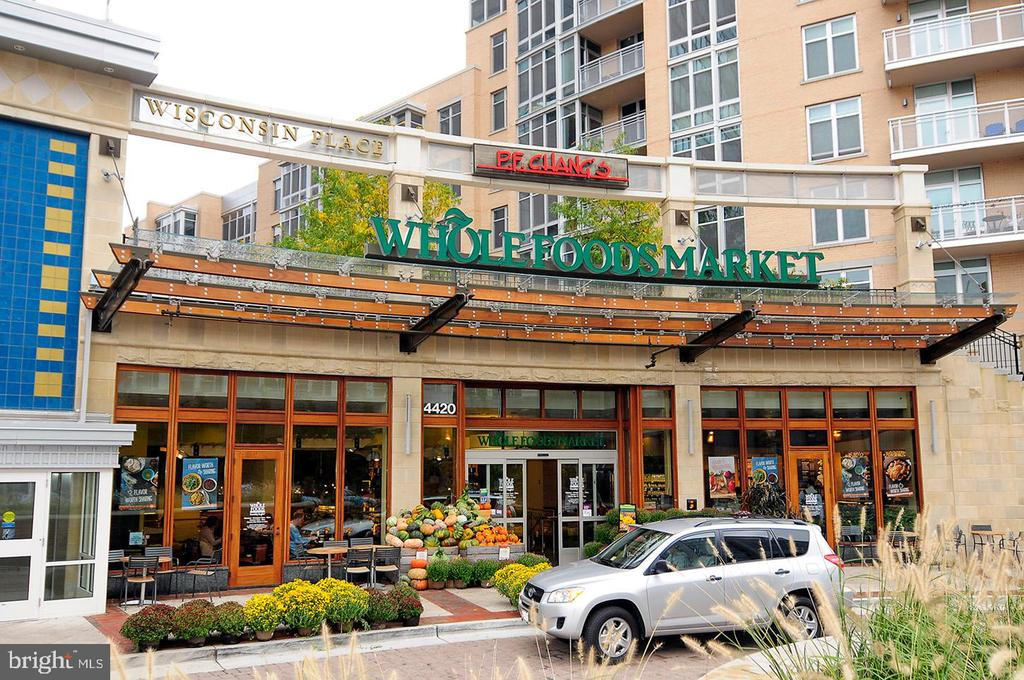 Community - Friendship Heights Neighborhood - 4620 N PARK AVE #1411E, CHEVY CHASE