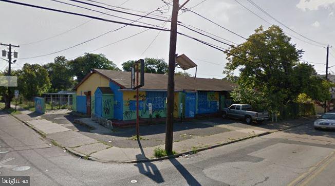 Retail للـ Sale في Camden, New Jersey 08105 United States