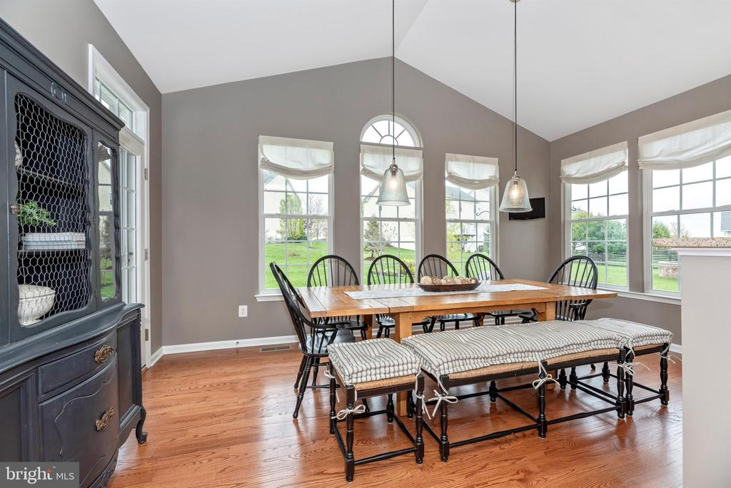 LOOK! Tons of windows in the morning room - 9823 NOTTING HILL DR, FREDERICK