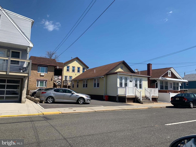 Plusieurs Familles pour l Vente à Seaside Heights, New Jersey 08751 États-Unis
