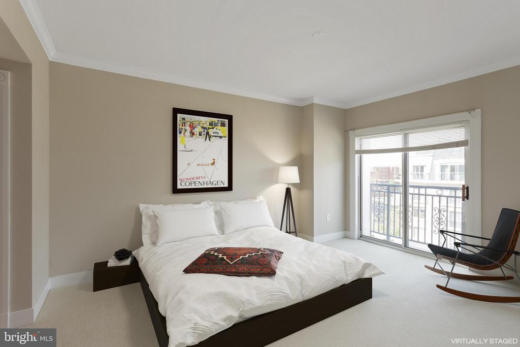 Master Bedroom with En-suite Bath and balcony - 5 PARK PL #704, ANNAPOLIS