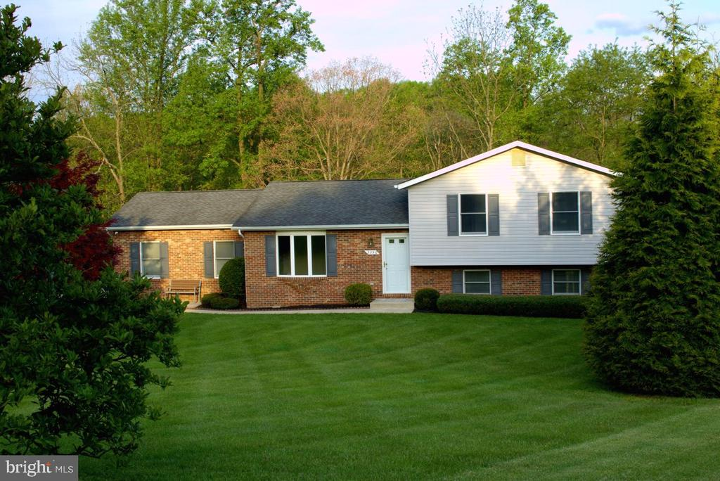 - 3290 POMMEL CT, MOUNT AIRY