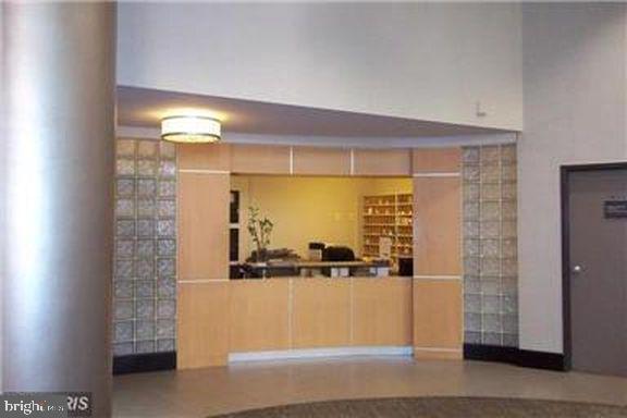 Concierge Desk - 4600 CONNECTICUT AVE NW #110, WASHINGTON