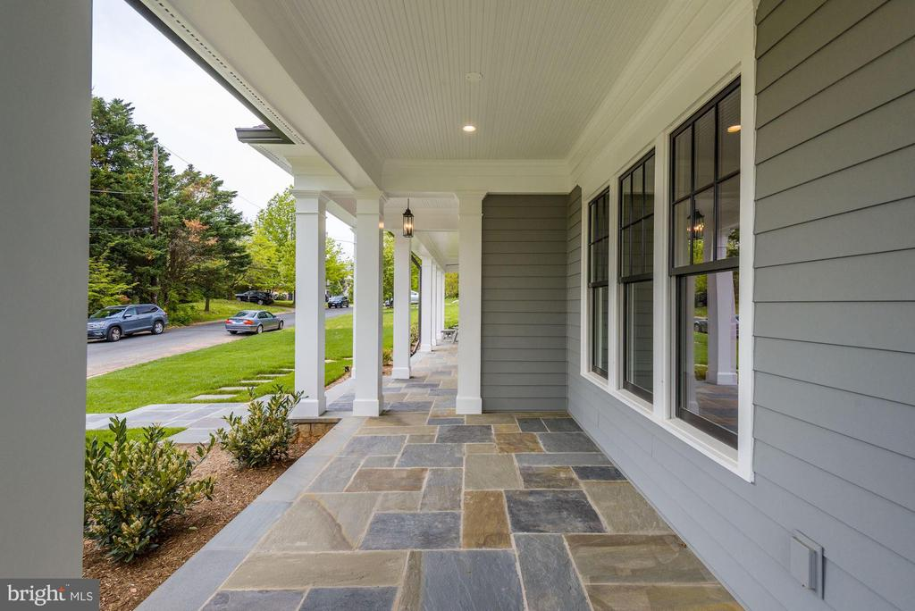 Covered Front Porch - 3201 WINNETT RD, CHEVY CHASE