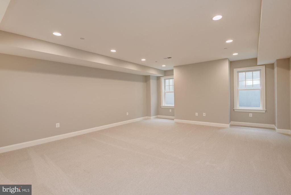 Recreation Room - 3201 WINNETT RD, CHEVY CHASE